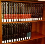 621px-encyclopaedia_britannica_15_with_2002